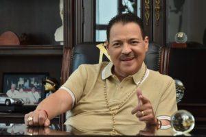 ¡Un éxito! Cirugía de trasplante de Julio Preciado, su hija le donó un riñón