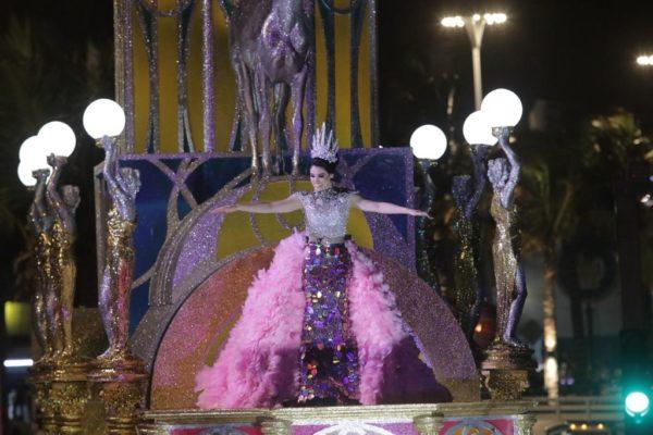 Responde Brianda I, Reina de los Juegos Florales,críticas por su vestido